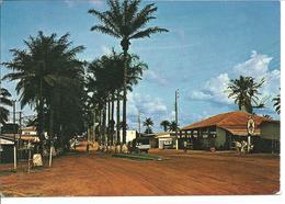 GABON - OYEM - Vue Du Centre Ville - Voiture - Gabon