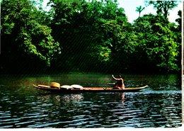 CPM  -  Guyane - Femme Bosch En Canot Sur Le Fleuve Maroni-  Neuve - Guyane