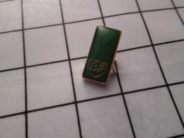 816c Pin's Pins / Beau Et Rare / THEME : CARBURANTS / Mini Pin's BP BRITISH PETROLEUM - Carburants