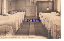 Institution Saint Hildevert Dortoir De L'enfant Jesus - Gournay-en-Bray