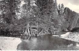 12 - FAYET Le Gouffre De Madame : Plage Et Confluent - CPSM Village (260 H)  Dentelée Noir Blanc Format CPA 1957 Aveyon - France