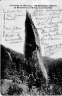 SARDRIERES ,LE MONOLITHE DE 94 METRES DE HAUTEUR ,PERSONNAGES     REF 65133 - Dolmen & Menhirs