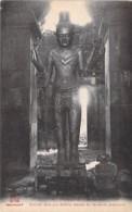 CAMBODGE Cambodia - ANGKOR - VAT : Divinité Dans Une Galerie Latérale ... - CPA  - Kambodscha Cambodgia Cambodja - Kambodscha