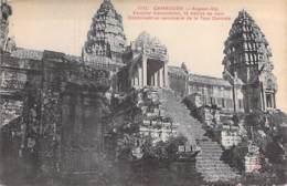 CAMBODGE Cambodia -  ANGKOR-VAT Escalier Monumental De La Tour Centrale ... - CPA - Kambodscha Cambodgia - Kambodscha