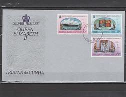 Tristan Da Cunha 1977 Queen Elizabeth II Silver Jubilee Set Of 3 On FDC - Case Reali
