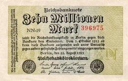 GERMANY-10 MILLIONEN MARK 1923  P-106a  AUNC  UNIFACE - [ 3] 1918-1933: Weimarrepubliek