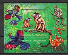 Guinea-Bissau 1978 Mi.No. Block 96 A  Birds Monkeys S\sh MNH** 6,50 € - Guinée-Bissau