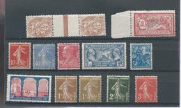 Lot De  12 Timbres France  Neufs     Voir Scann - Collections
