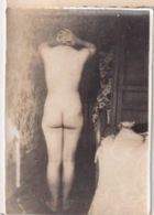 Belle Femme Française Nue De Dos érotique  Naked Woman Erotic - Weiblicher Akt (1941-1960)