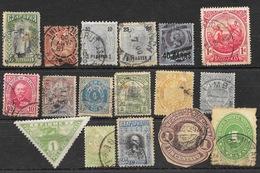 Lot En Vrac De 200 Timbres Tous Pays Du Monde - Essentiellement 1895-1960 - Quelques Surcharges - Timbres