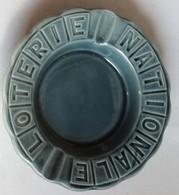 Cendrier Porcelaine LOTERIE NATIONALE Faience GIEN FRANCE - Porzellan