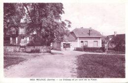 N°6837 T -cpa Meurcé T Le Château Et Un Coin De La Place- - Andere Gemeenten