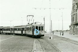 PHOTO  TRAM KUST OOSTDUINKERKEN NIEUWPOORT ??? REPRO - Tramways