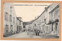 77 MAISONCELLES EN BRIE - La Cour Des Commerçants - Animée - Autres Communes