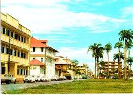 CPM  - Guyane - Cayenne  , Place Des Palmistes - -  écrite - Saint Laurent Du Maroni