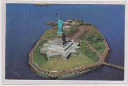 USA  Statue Of Liberty National Monument  In 1992 - Cartes Postales