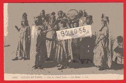 CPA-Afrique-Algérie - N° 6433. --Scénes Et Types -Chez Les Ouled Nails --la Danse. - Scènes & Types