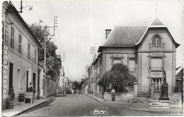 02. JAULGONNE.  RUE DE FERE - Francia