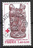 FRANCE 2117 . Croix Rouge . Stalles De La Cathédrale D'Amiens . Le Raisin Et La Terre Promise . - Gebruikt