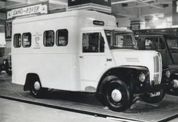 Ambulance - Kent County Council - Health Dep. - Old Photograph - Uk - Camion Ambulance - Cars