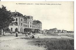 PORNICHET   N 74   GRAND HOTEL DE L OCEAN   PRIS DE LA PLAGE   PERSONNAGES DEPT 44 - Pornichet
