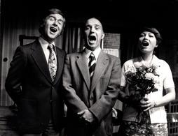 Amusante Grande Photo Originale 3 Gueules ! 3 Chanteurs Ou Pas ! Bouches Grandes Ouvertes 1970/80 Rud. Ohnesorge - Personnes Anonymes