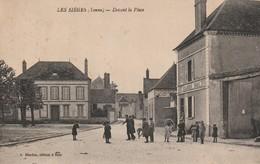 1-6----les Sieges --89--devant La Place-voir Recto Verso----livraison Gratuite - Other Municipalities