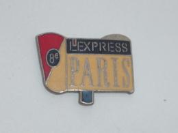 Pin's JOURNAL L EXPRESS, PARIS VIII° - Médias