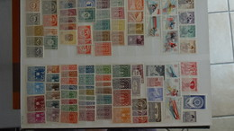 D46 Collection De Timbres ** Et * De Différents Paus. Majorité **. A Saisir !!! - Collections (en Albums)