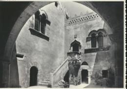 Taormina - Cortile Palazzo Corvaja [Z01-4.265 - Italie