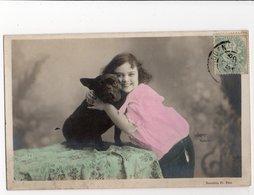 ANIMAUX - CHIEN * DOG * BOULEDOGUE * FILLETTE * WALERY, Paris * éditeur NEURDEIN * Carte Colorisée - Cani