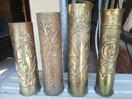 4 Magnifiques Vase ARTISANAT DES TRANCHEES Douilles Ciseler Par Les Poilus Rare - 1914-18