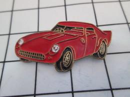 916c Pin's Pins / Beau Et Rare / THEME : AUTOMOBILES / PETITE FERRARI ROUGE Par CEC ID PREMIER - Ferrari