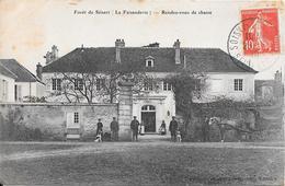 Forêt De Sénard - La Faisanderie - Rendez-vous De Chasse (avec Garde-chasse Sur Le Cliché) - Ohne Zuordnung