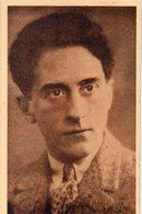 CÉLÉBRITÉS 61 : Jean Cocteau Graphiste, Dessinateur, Dramaturge Et Cinéaste Français. - Writers