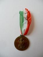 Medaglia Legione Carabinieri Reali Di Palermo Ufficiali Sottoufficiali 1939 - Jetons & Médailles