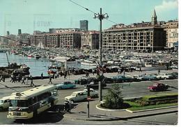 Renault 4L Dauphine Citroen DS Peugeot 403, Autobus Et Nombreuses Voitures à Marseille - Voitures De Tourisme