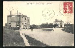 CPA Le Fidelaire, La Gare - France