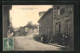 CPA Villeneuve-de-Marc, L`Entree Du Village - Frankrijk