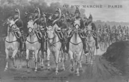 20-5740 : SALON DES ARTISTES FRANCAIS 1914.  LES TROMPETTES DU 4° DRAGONS PAR HENRI BAUD. AU BON MARCHE. - Malerei & Gemälde