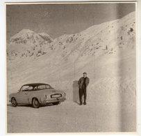 < Automobile Auto Voiture Car >> Belle Photo Originale 8 X 8 Renault 4CV Coupé Autobleu, Arlberg Janvier 1960 - Automobiles