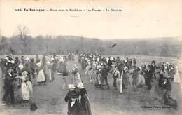 Bretagne     56    . Noce Dans Le Morbihan.    La Dérobée   0549- 0550      (voir Scan) - Lorient