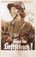 DC540 - Frau Im Lutschutz Woman DR WW2 REPRO - War 1939-45