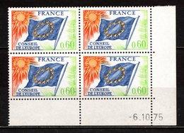 France Service N° 46**, Bloc De 4 Coin Daté 1975, Superbe - Esquina Con Fecha
