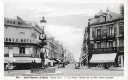 44 Saint Nazaire La Place Carnot Et La Rue Henri Gautier - Saint Nazaire