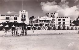 D85  LA TRANCHE SUR MER  L'Hôtel De L'Océan Sur La Plage - La Tranche Sur Mer