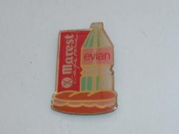 Pin's BOUTEILLE D EVIAN, MAREST CAFETARIA - Bevande