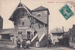 BRANCION       HOTEL DU SIRE DE BRANCION.    GARDE CHASSE EN PP - Autres Communes