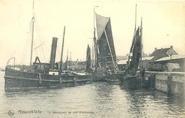 Nieuwpoort Le Remorqueur Au Port D'échouage (32) - Nieuwpoort