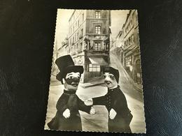36077 - LYON GUIGNOL Et GNAFRON Se Rencontrent Au Bas Du Gourguillon - Theater